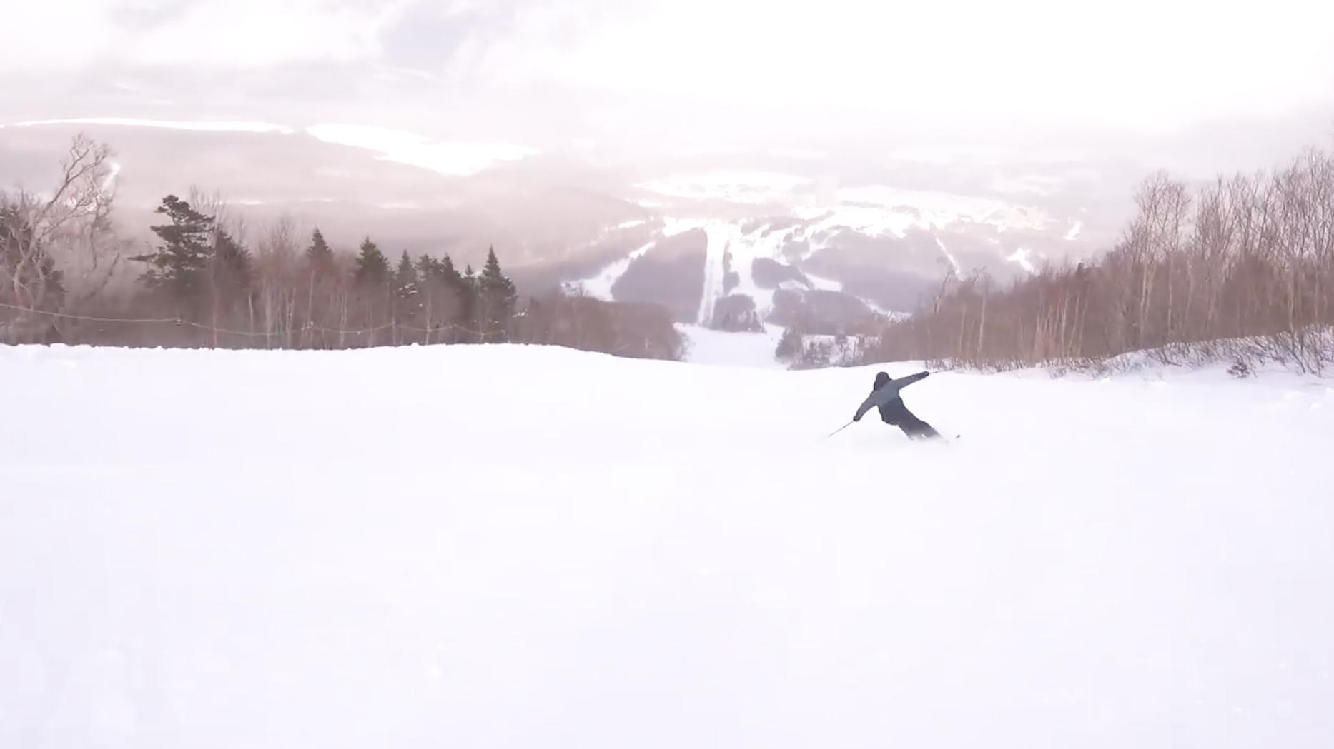 中急斜面を小回り用スキーで思いっきりカービングしてみましたー!