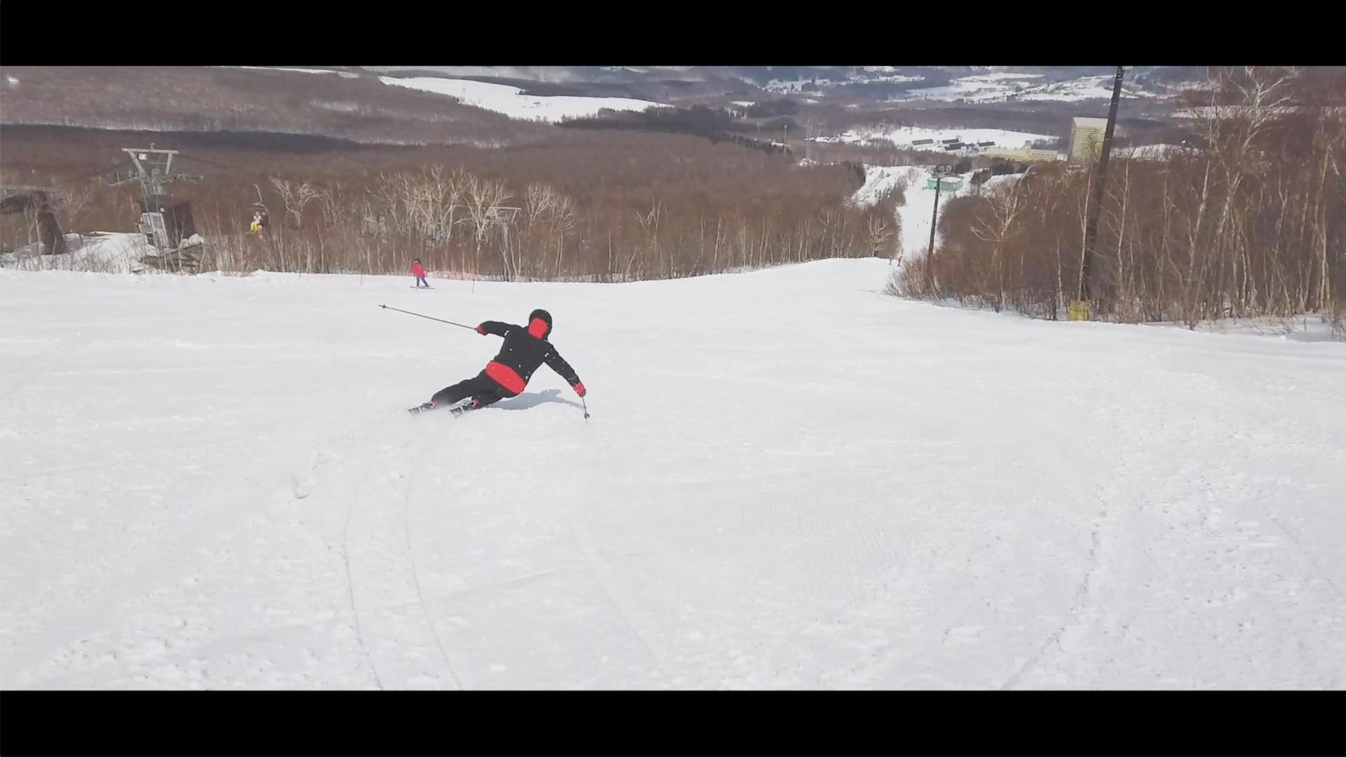 【スキー】中斜面を上下動多めのカービング大回りで滑ってみる TakehiroSaito